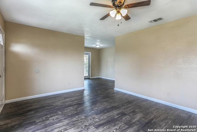 1115 W Ridgewood Ct, San Antonio, TX 78201