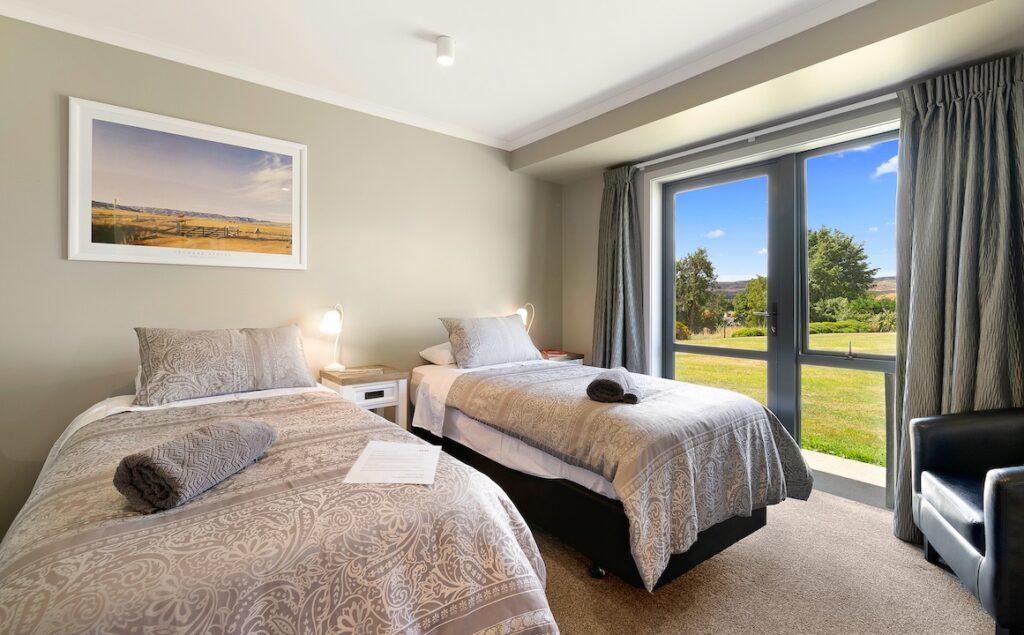 Room 2 - twin configuration