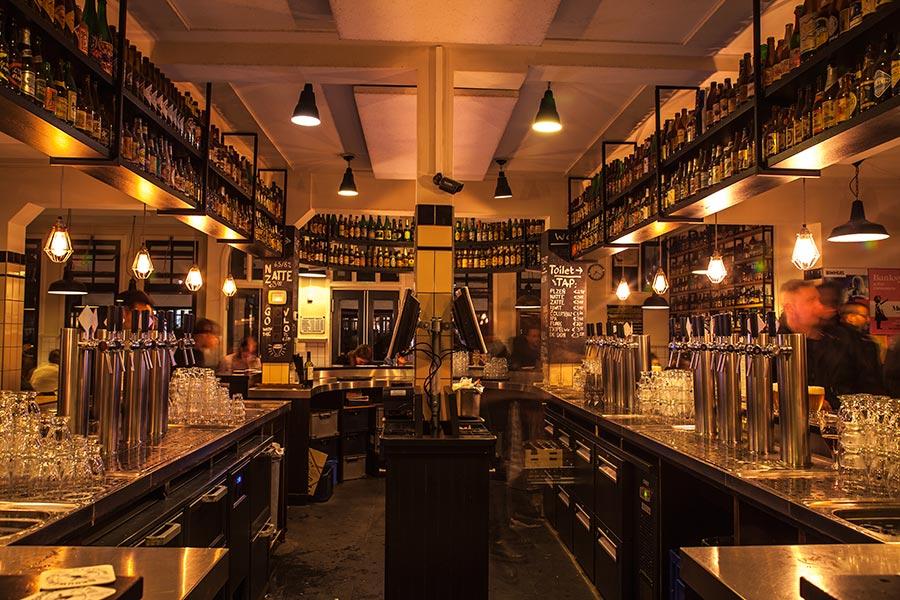 Brouwerij Het Ij - tasting room - 1