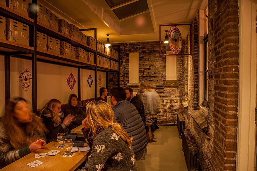 Brouwerij Het Ij - tasting room - 10
