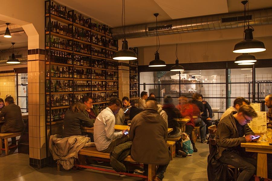 Brouwerij Het Ij - tasting room - 6