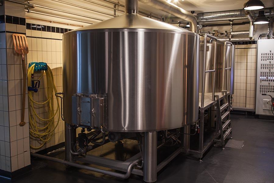 Brouwerij Het Ij - brewery inside - 1