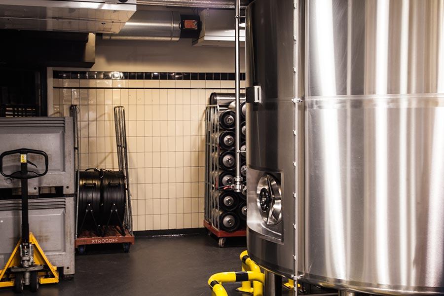 Brouwerij Het Ij - brewery inside - 2