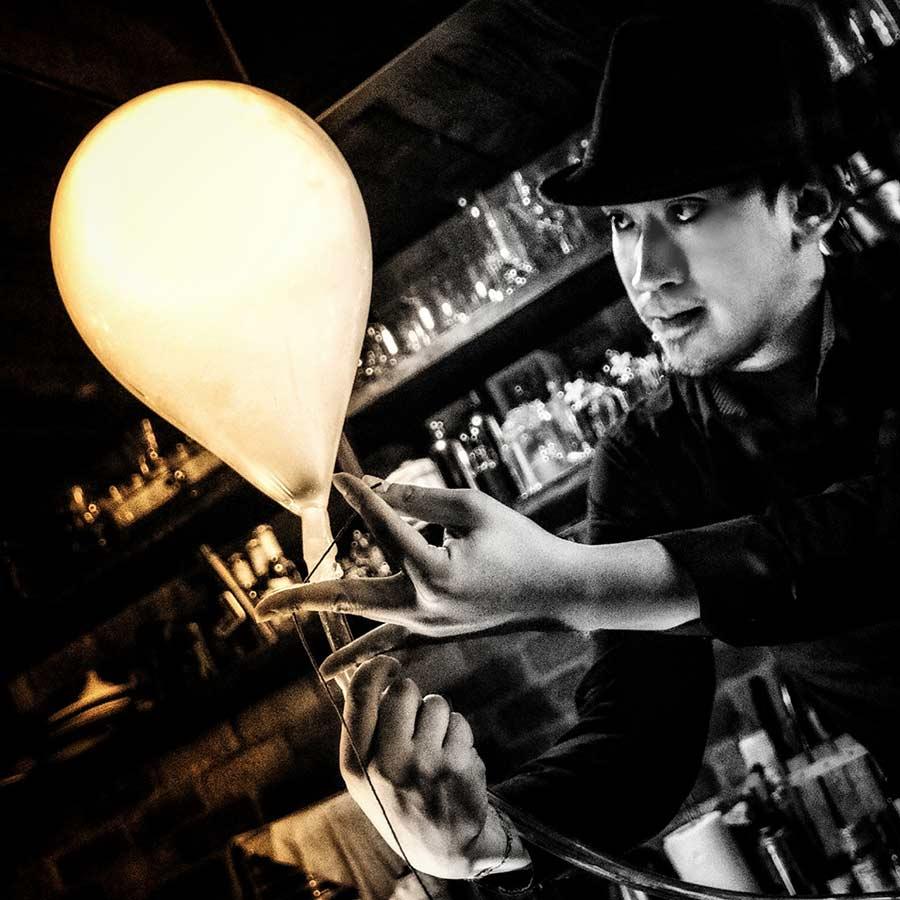 Jumi Tavern man at work 3