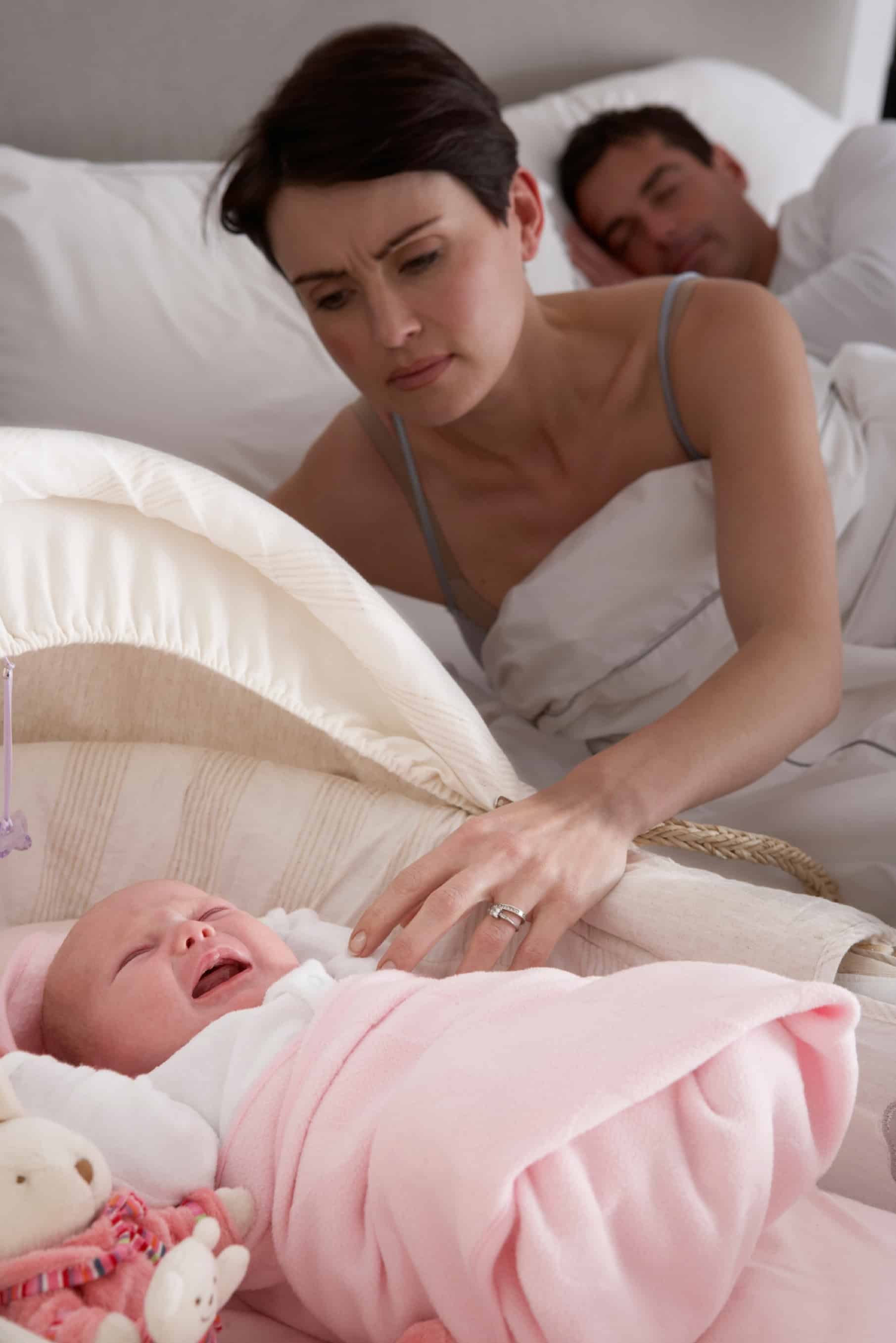 Newborn-Baby-Crying-In-Parents-Bedroom-000017068131_Large
