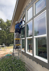 Willis washing trapezoid windows