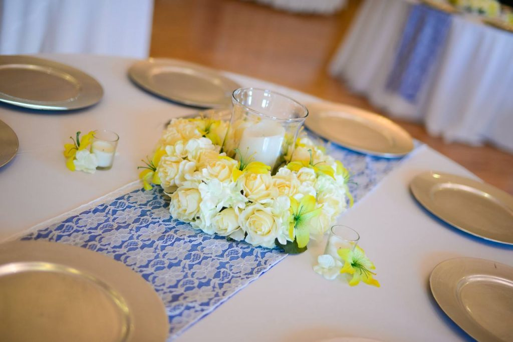 White Poly Tablecloth with Ivory Lace and Periwinkle Runners