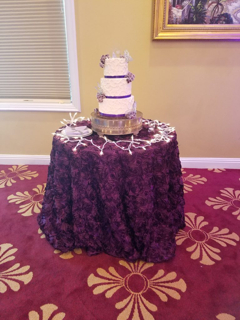 Eggplant Rosette Cake Tablecloth