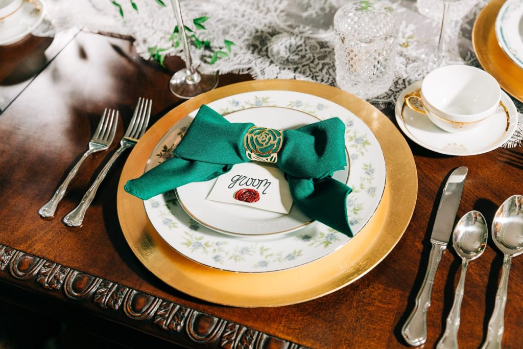 Hunter Green Poly Napkins