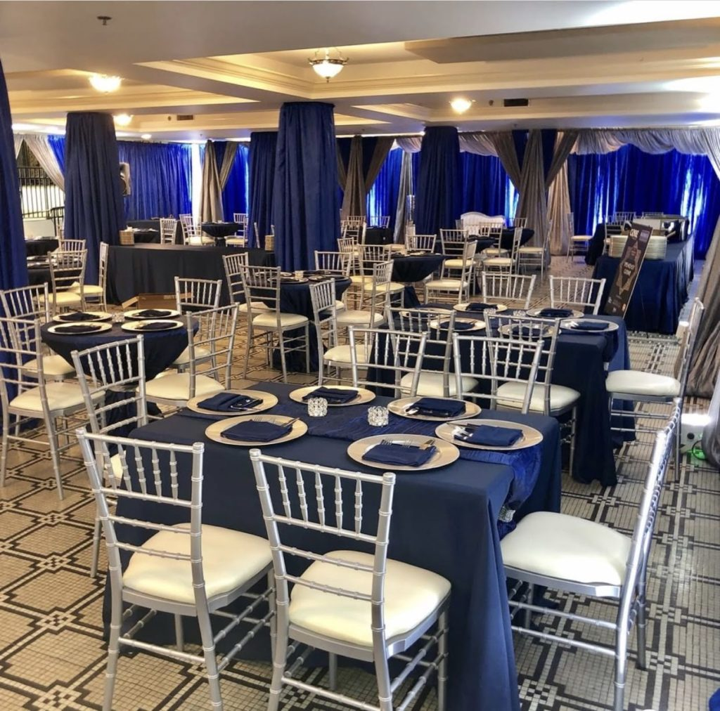 Navy Poly Tablecloths with Navy Taffeta Runners and Navy Poly Napkins
