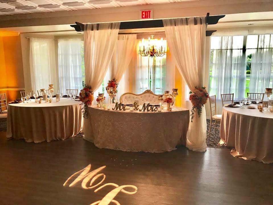Blush Jasmine Lace Overlay and Ivory Taffeta Tablecloths