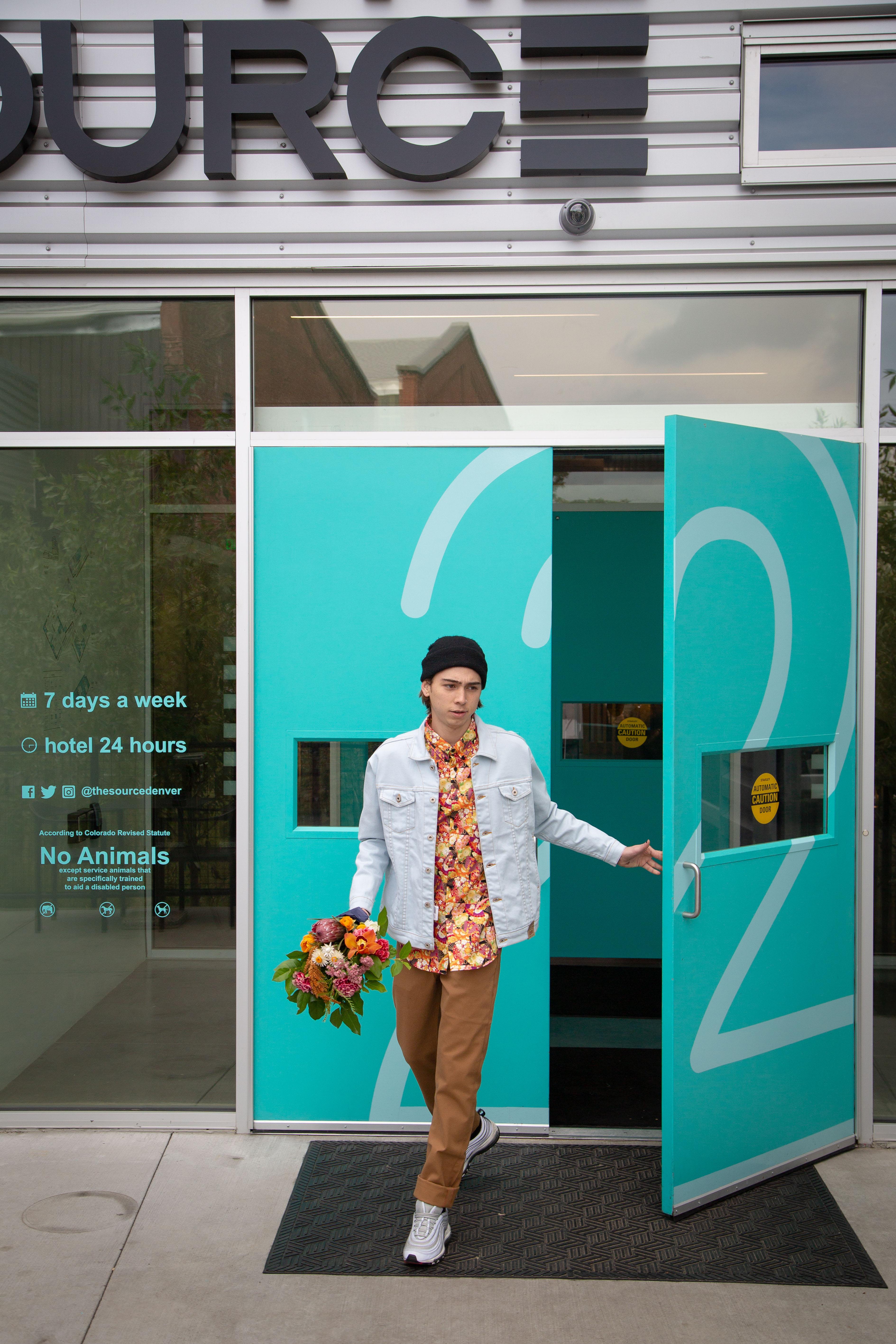 086_Zeppelin_Source Hotel Lifestyle_72DPI