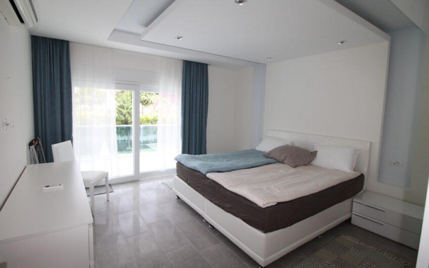 Aqua Garden duplex-apartment with pool view