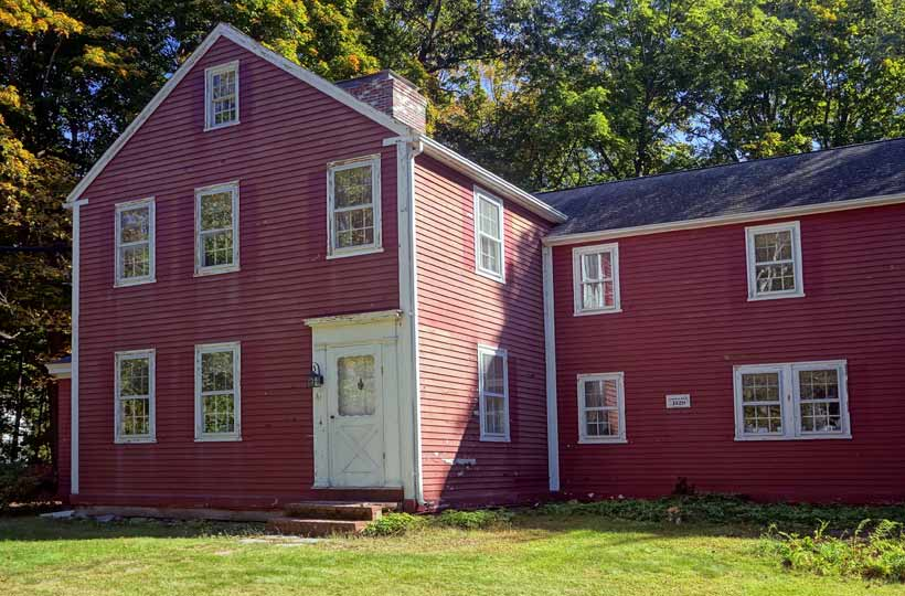 """Can You Trust a """"Lifetime"""" Exterior Paint for Your Old New England Home?"""