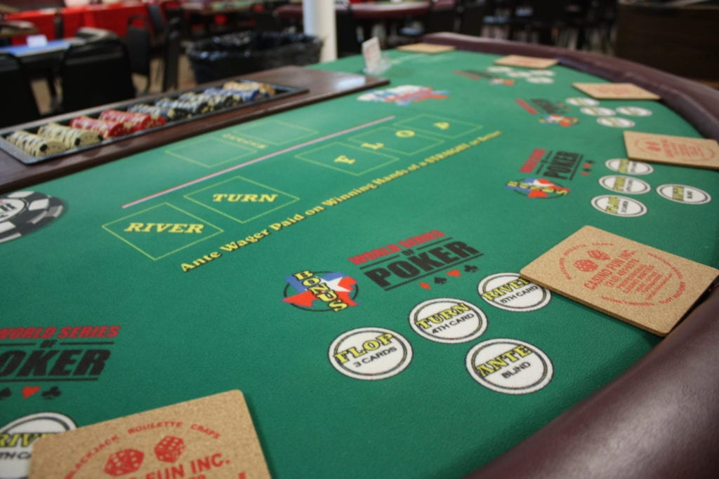 Ultimate Texas Holdem Table