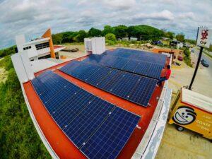 Sistema Fotovoltaico de 40 Paneles Solares de 330 Watts