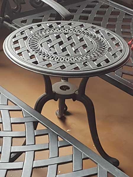 Round aluminium coffee table