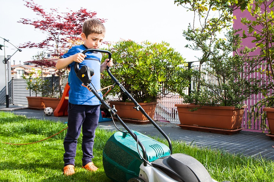 Lawn Mower Safety Tips For Kids