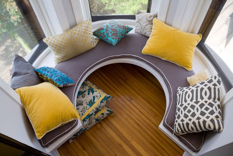 Summer Thornton Condo Lincoln, Vintage, Built-in Seating, Bay Window, Turret, Interior Design by Summer Thornton Design