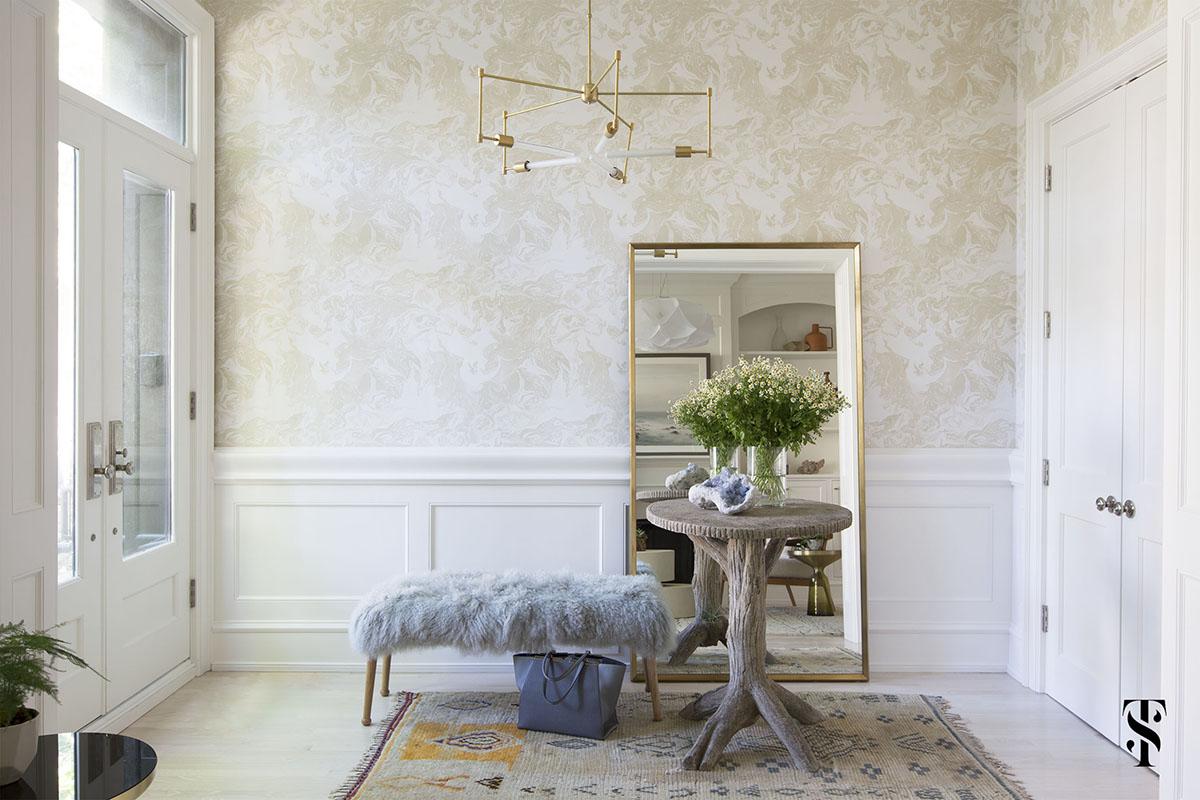 Lincoln Park Modern, Foyer, Faux Bois Table, Vintage Rug, Wallpaper, Modern Brass Chandelier, Sheepskin Bench