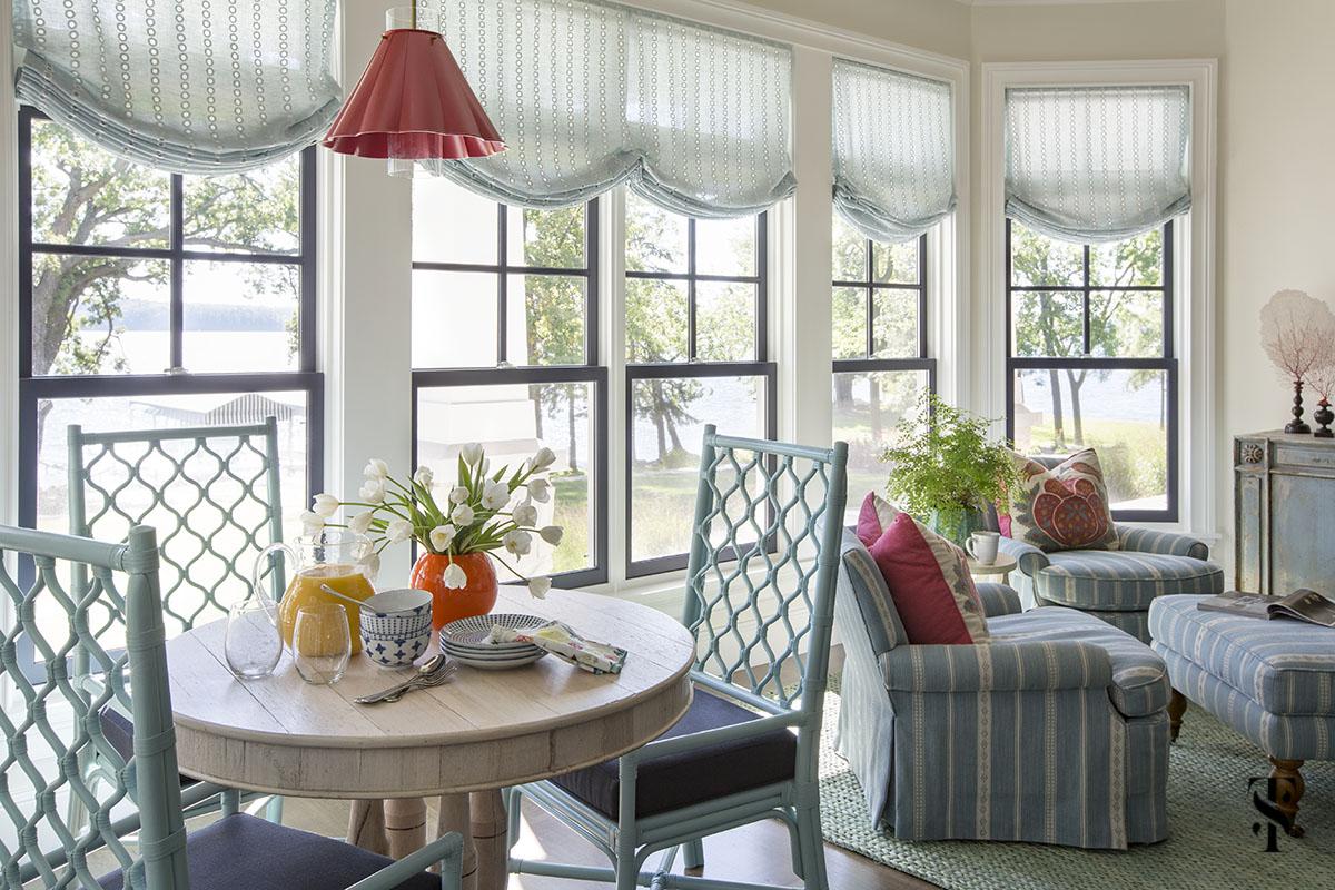 lake home breakfast area, interior design by summer thornton www.summerthorntondesign.com