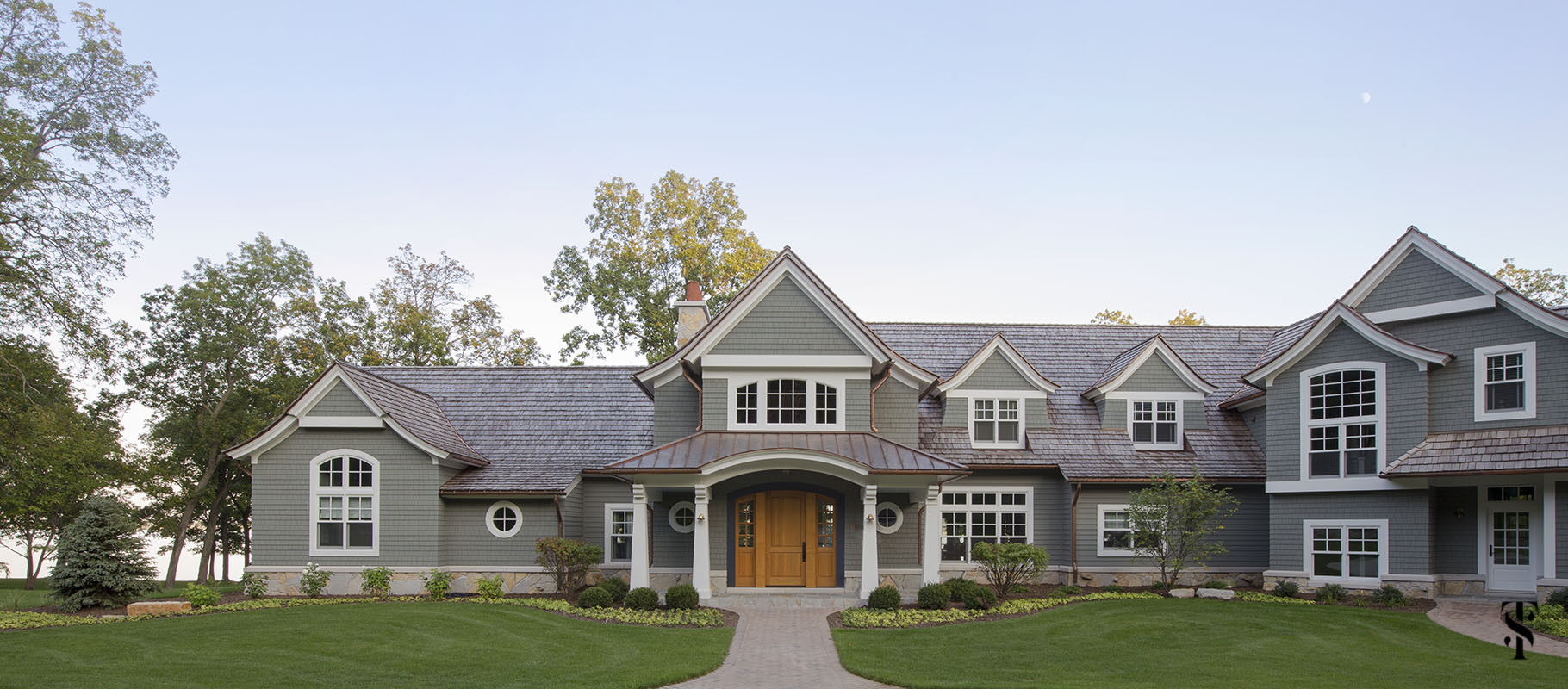 wisconsin lakefront home; interior design by summer thornton www.summerthorntondesign.com; architecture by McCormack + Etten