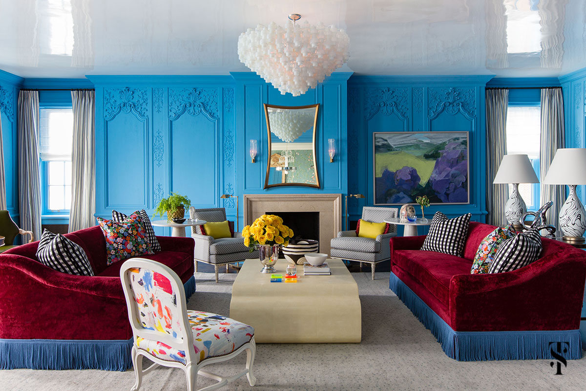 Chicago Co-Op at 1500 designed by interior designer Summer Thornton featuring cerulean blue french boiserie paneling in farrow and ball St Giles blue. Summer Thornton Design works on projects nationwide from their Chicago interior design firm headquarters.