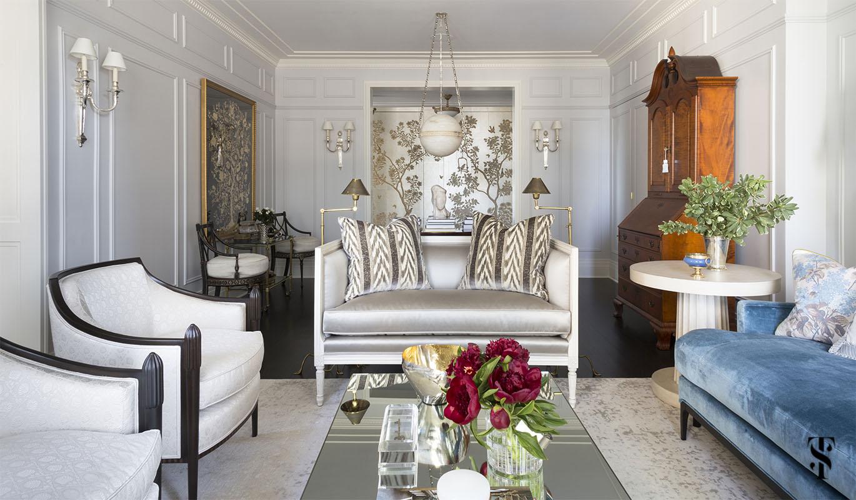 formal living room by Summer Thornton. For more photos, visit www.SummerThorntonDesign.com