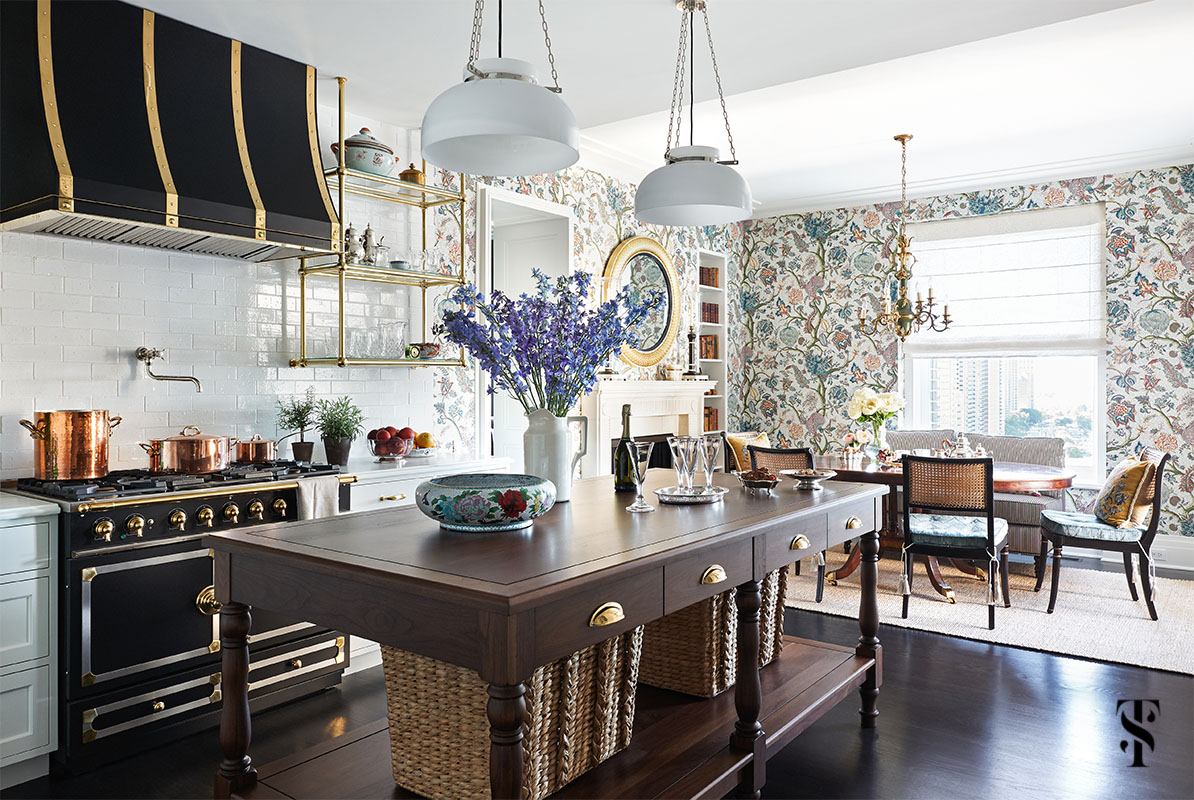 Chicago Luxury Kitchen Design & Renovation by Summer Thornton