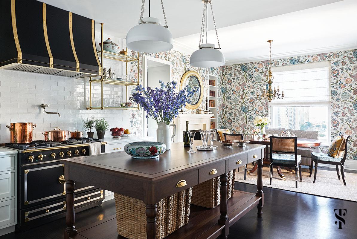 Chicago Luxury Kitchen Design & Renovation by Summer Thornton