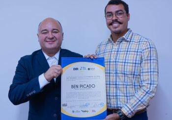 Propuesta del nicaragüense Ben Picado será la portada del libro La región que viene
