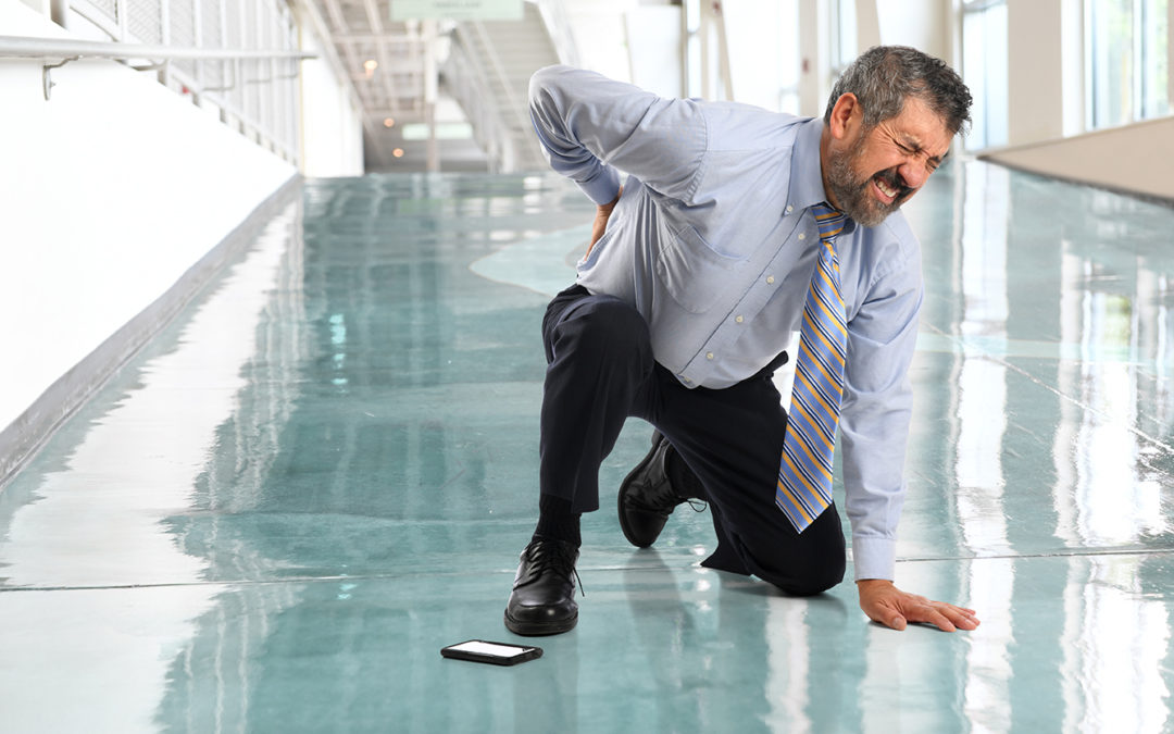 Why You Don't Pay a Personal Injury Lawyer Up Front