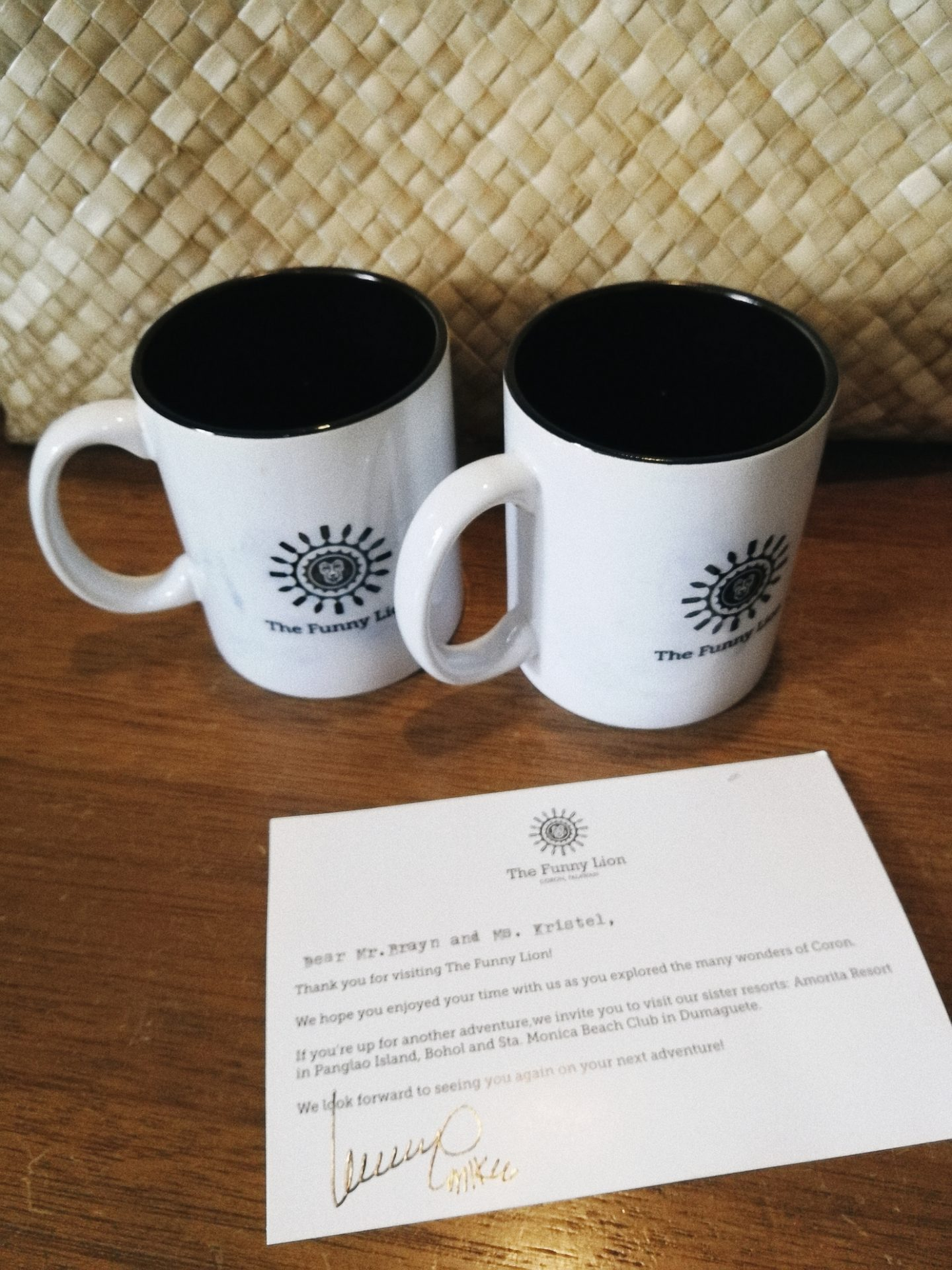 mugs hotel welcome note the funny lion
