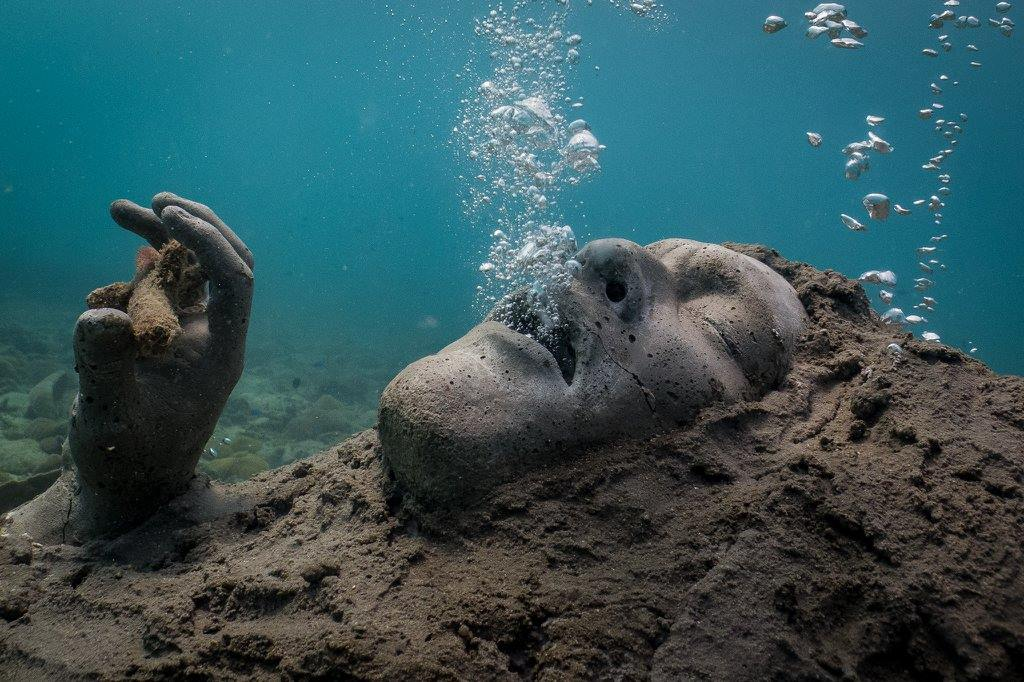 Drowning Sculpture