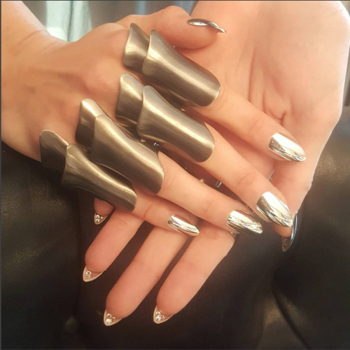 met gala red carpet nails