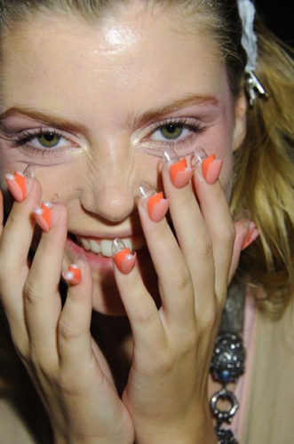 how to work fashion week backstage nails