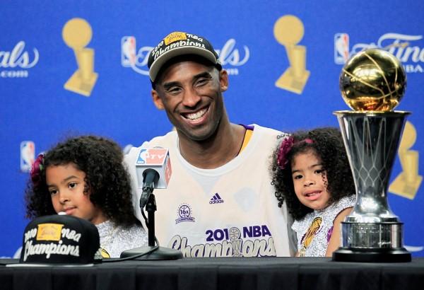 Kobe Bryant con hijas