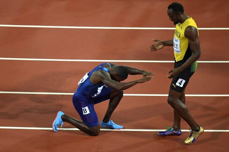 Gatlin hace reverencia a Usain Bolt en el Campeonato Mundial de Londres 2017
