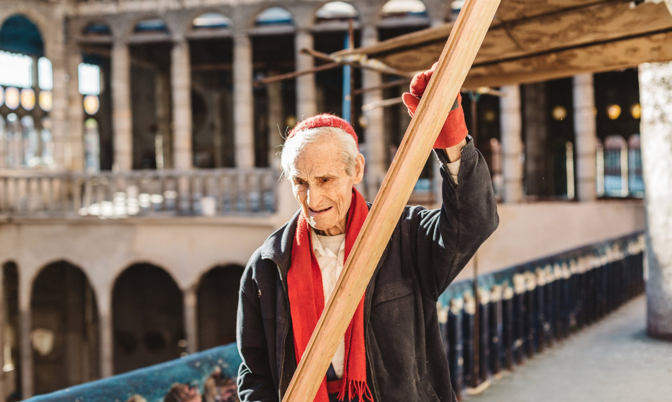 91 Years Young Justo Gallego Is Building A Cathedral of Faith, Brick By Brick