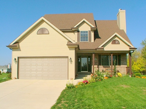 Two Story Homes - Cobblestone Builders - Milwaukee, WI