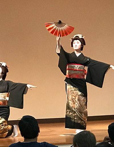 Dance students perform traditional Japanese dance - nihonbuyokai.org