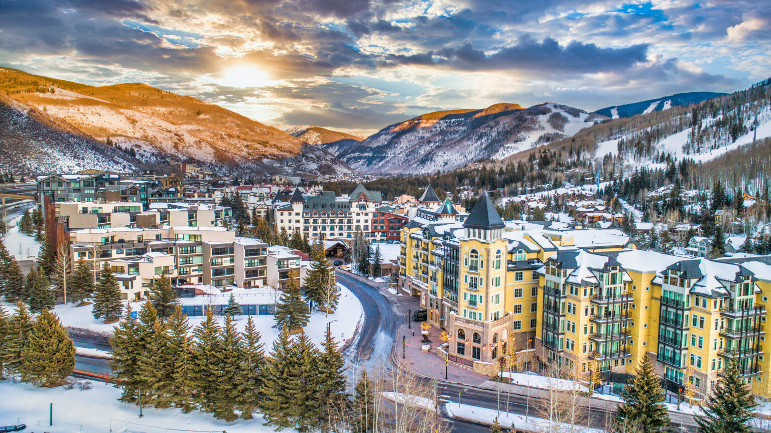 Denver airport to Vail & Vail to Denver airport limo service
