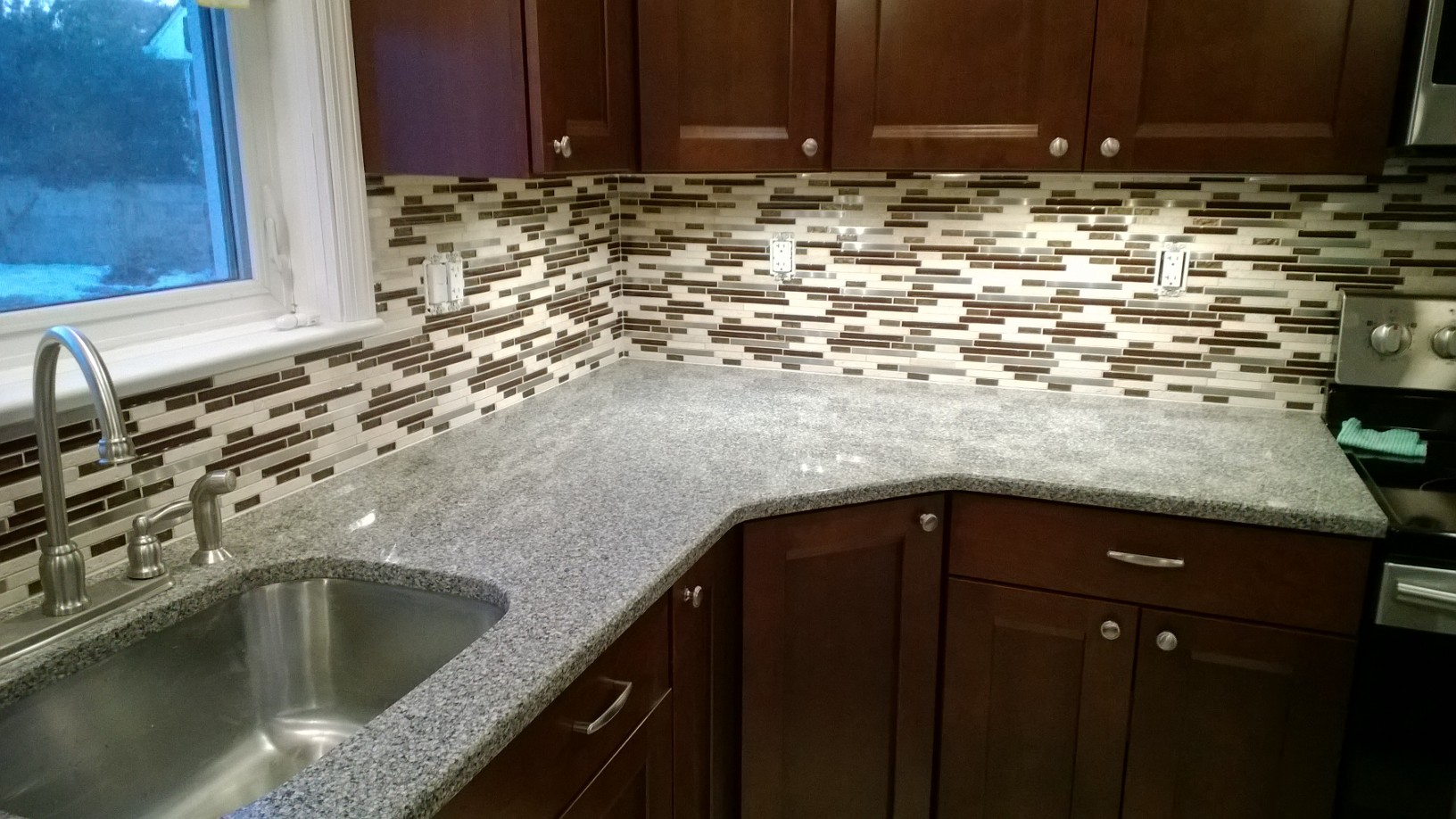 Five Benefits of Adding a Kitchen Backsplash to Your Kitchen ...