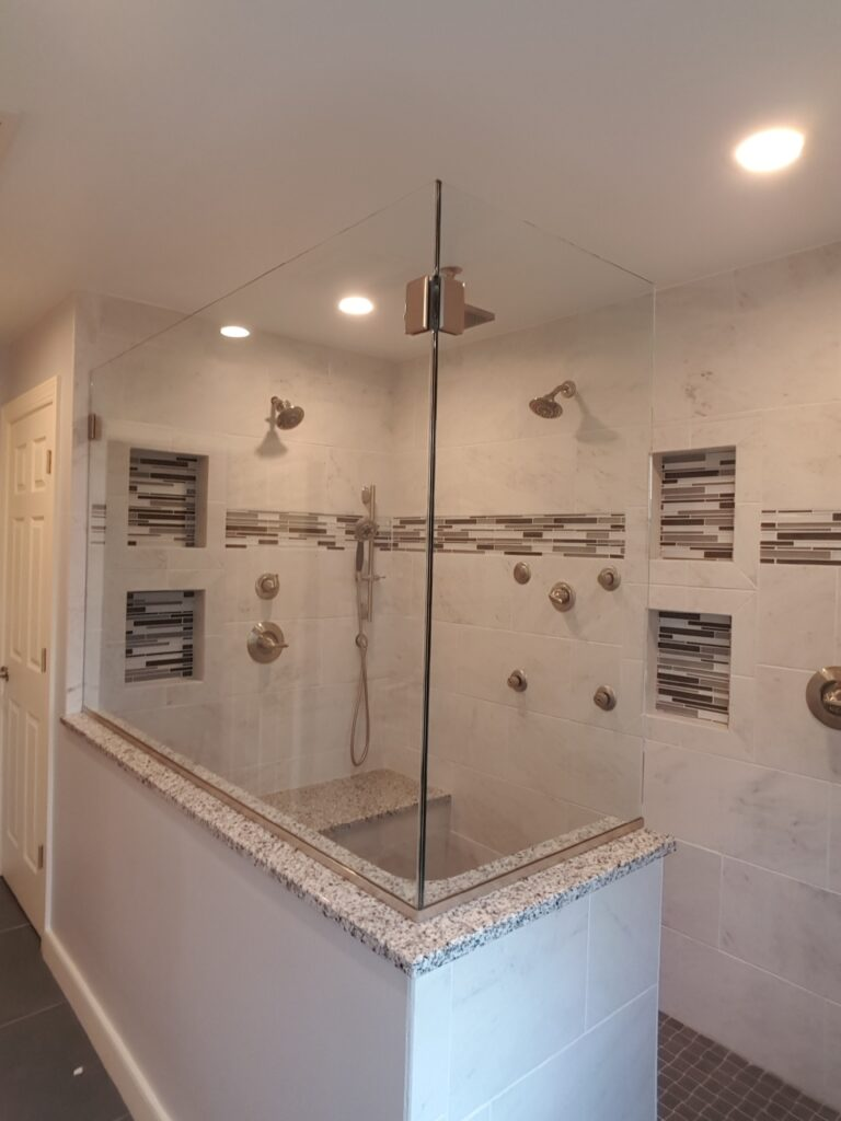 Gallery of Shower Doors, Frameless Splash Panel