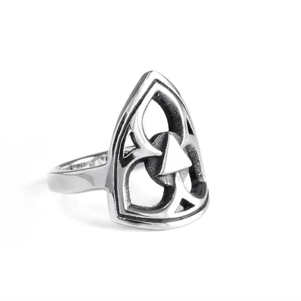 Ether11 Gothic Trefoil Ring