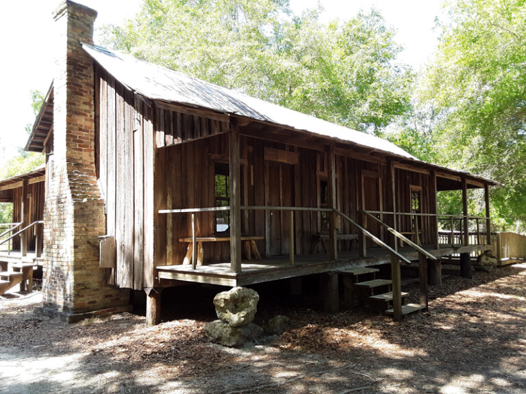 Old building at Cracker Village Silver Springs State Park