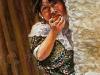 eating-an-apple-guatemala-w