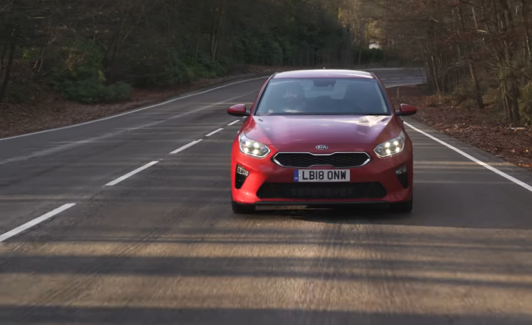 KIA Ceed Hatchback: the Full Family Car With Top 10 Things