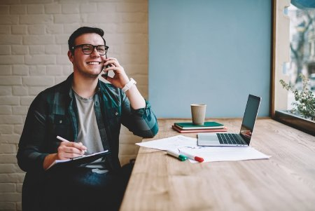 4 Workplace Tech Trends to Foster Engagement with Mobile Workers in 2019