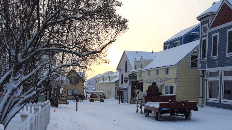 Mackinac-Winter-Dray-on-Astor-St-800x450